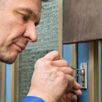 Trouver un artisan serrurier qui intervient dans les plus brefs délais