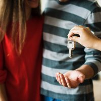 Premier appartement : bien penser aux meubles avant d'emménager