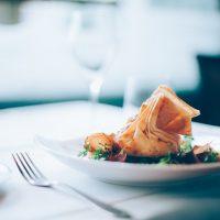 Quelles solutions pour aménager une cuisine pour manger?