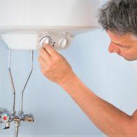 Plus d'eau chaude à la maison : que faire ?